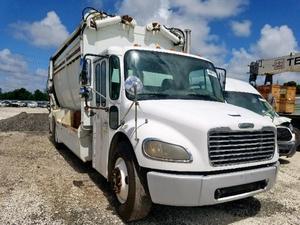 2007 FREIGHTLINER M2 106 MEDIUM DUTY #1